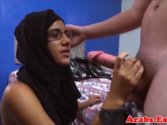 Spex hijabi cocksucking before dickriding