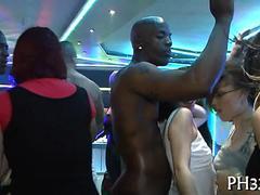Любители, Минет, Секс без цензуры, Вечеринка, На публике, Реалити