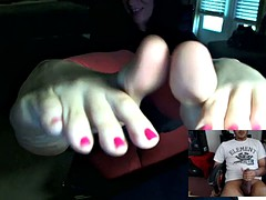Mistress Dee Skype Foot JOI Session