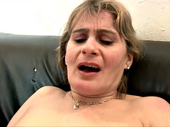 Mature Lady Carole Loves Fisting And Anal Sex