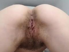 Amateur Ezmerelda Fingers Her Hairy Pussy