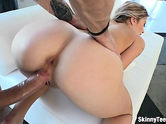 Hot stripper Arya Faye enjoyed big cock on the couch