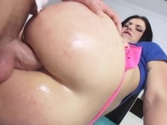 A big ass slut is into anal and she is having fun with her lover