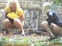 Outdoor Urinate Female Spy
