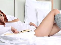 Babes.com - WHITE VIBES - Ariel