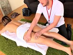 In den arsch, Massage
