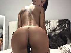 camshow with stunning russian brunette in beautiful black lingerie
