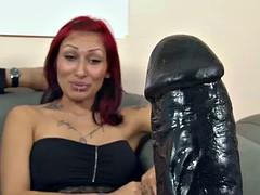 Autsch!! Der Dildo Deal mit Karina