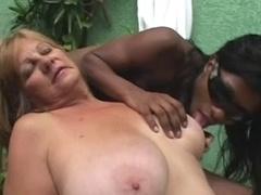 Блондинки, Черненькие, Бабушки