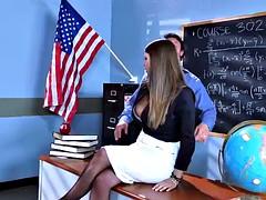 Nana, Grosse bite, Gros seins, Mère que j'aimerais baiser, Pute, Professeur, Plan cul à trois