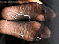 Hosed Soles Sperming with Lyn