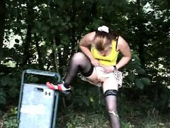 Fetish outdoors pissing
