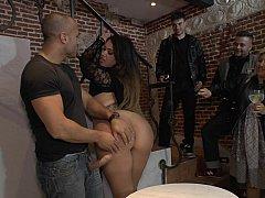 Bondage domination sadisme masochisme, Européenne, Femelle, Femme dominatrice, Humiliation, Public, Punition, Espagnole