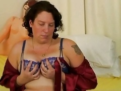 Mom i`d like to fuck wth nicely saggy titties
