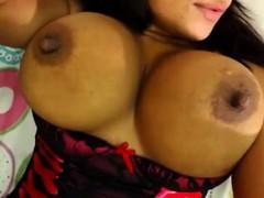 Big Tits Play