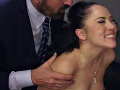 Anal, Attrapée, Tromperie, Double pénétration, Interracial, Fête, Actrice du porno, Épouse