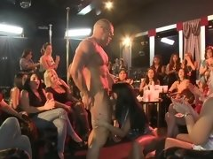 Strip club ladies cheer and clap for their cocksucking friends