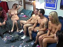 Amateur, Blonde, Brunette brune, Mixte, Mignonne, Dortoir, Fête, Adolescente