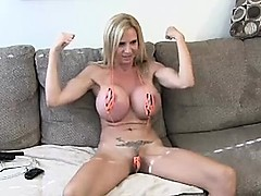 Mature Cam for the fans - visit realfuck24