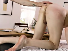 thin transvestites stefani special analyzes the bareback by big cock
