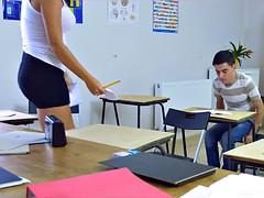 Большие сиськи, Постарше, Двойное проникновение, Милф, Студентка, Учитель