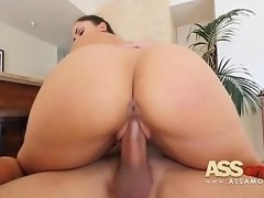Marta La Croft Latina Big Booty Takes Huge Cock