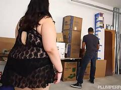 Busty Brunette BBW Curvy Quick Peeks and Stalks