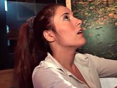 Sublime brunette francaise se fait grave demonter le cul