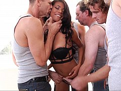 Ebony hoe's first blow-bang