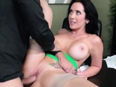Maestra madura cojida despues de masturbarse