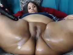 Fat pussy and fat ass on BBW girl - webcam closeup