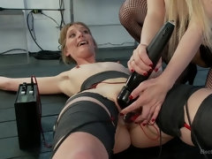 Slim Blonde Amateur Covered in Electricity and Ass Fucked Live!!