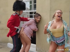 A busty slut Sofia seduces a guard on the street and unloads his manbag